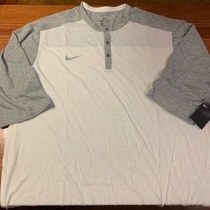 Nike short sleeve shirt size 3xl